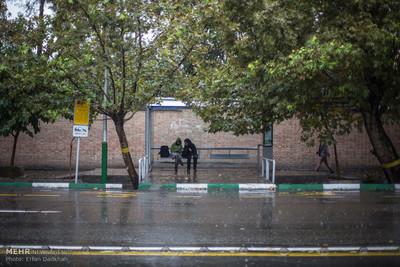 بارش باران بهاری در کهگیلویه و بویراحمد آغاز شد