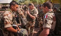 فرانس کا عراق سے اپنی فوجیں خارج نہ کرنے کا فیصلہ