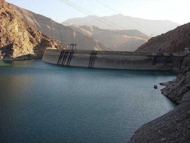 نیمی از سدهای ایران آب ندارند