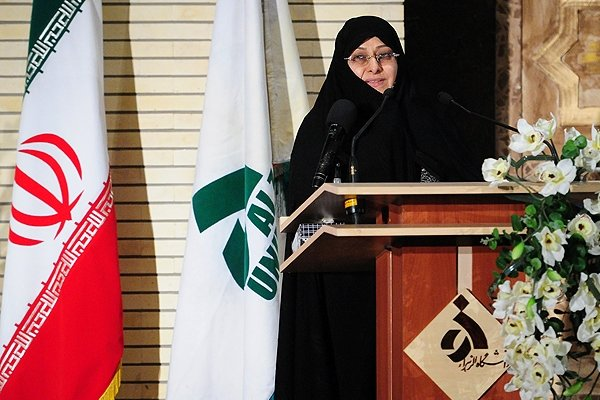 طرح رئیس دانشگاه الزهراء برای رونق فعالیت انجمنهای علمی