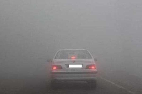 مه گرفتگی شدید در جاده جدید دشت ارژن به کازرون