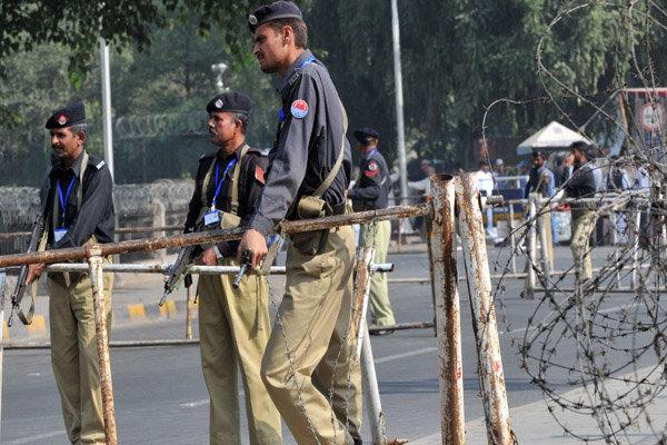 کراچی کے علاقے اسٹیل ٹاؤن میں دھماکے میں چینی شہری سمیت 2 افراد زخمی