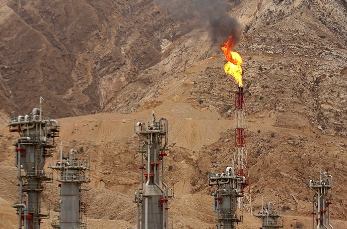 Iran calls OPEC's decision to limit output 'baby step in right direction'