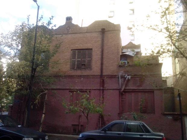خانه های تاریخی رنگ شده
