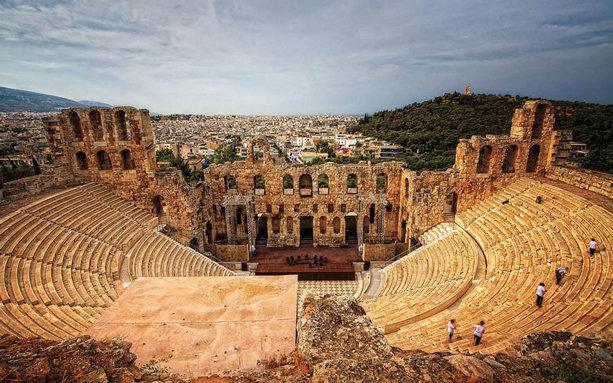 سالن زیبای تئاتر جهان