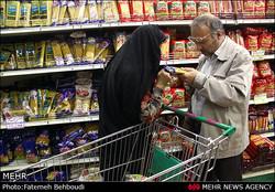 گلایه مندی کرمانیها از کمبود روغن در بازار / مردم: مسئولان قیمت ها را کنترل کنند