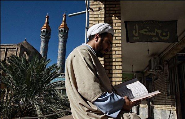 برگزاری همایش کتاب سال حوزه های علمیه اصفهان برای نخستین بار