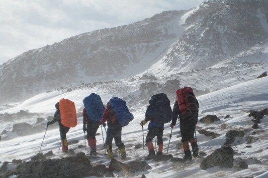 کراپشده - صعود زمستانی