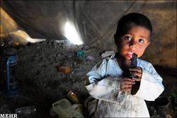 بیش از ۱۰۰ هزار کودک افغان به حمایت فوری نیاز دارند
