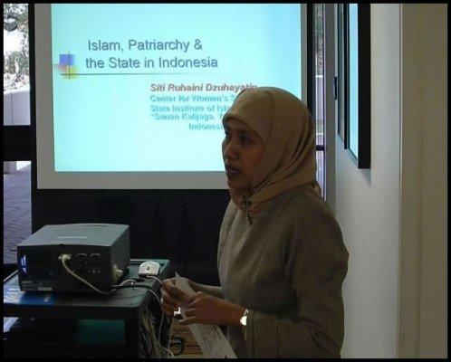 پروفسور ستی روهینی دزوهیاتین کمیسر مستقل حقوق بشر از اندونزی