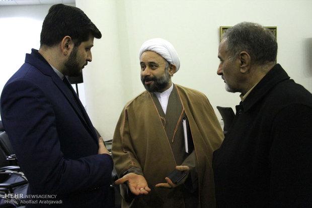 حضور حجت الاسلام نقویان در نشست خبری دومین دوره مسابقات بین المللی کاریکاتور هولوکاست