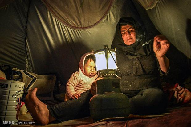 روزگار سخت باران و مادرش
