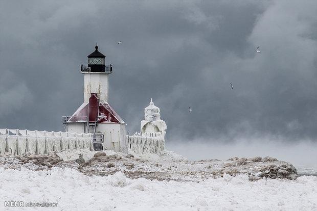 تصاویر زیبای یخبندان در میشیگان آمریکا