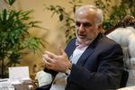 پای دولتی ها به تخلفات انتخاباتی باز نشد/تغییر فرمانداران نداریم