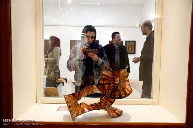 نمایشگاه دستان خیال پرداز