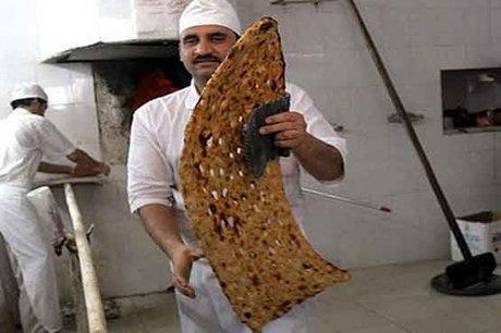 نان سنگک به قیمت دلخواه نانوایان/ اجبار مردم به خرید نان کنجدی