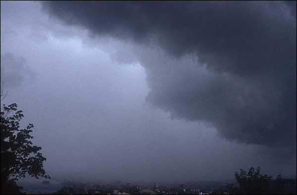 بارش باران و برف درگلستان/ موج جدید بارشی از چهارشنبه وارد می شود
