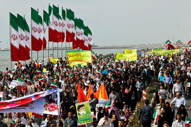 راهپیمایی یوم الله 22 بهمن در بندر عباس /عکس : احمد جعفری