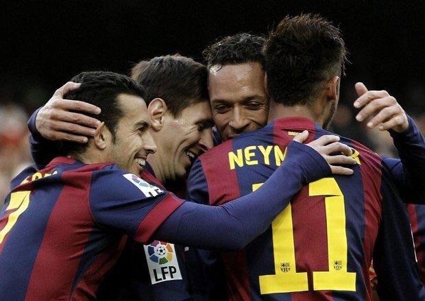 نمایش اقتدار بارسلونا مقابل لوانته/ مسی هتتریک کرد