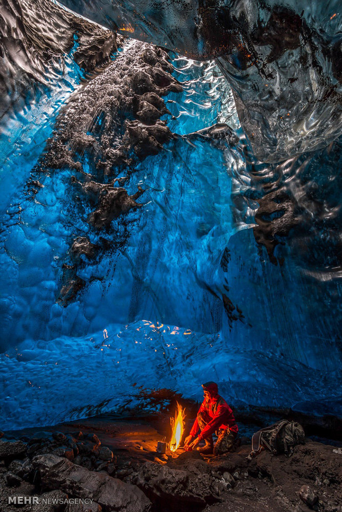 غارهای یخی در ایسلند