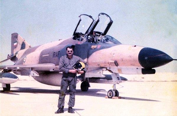 شهید یاسینی خلبانی که آسمان جنگ را به تسخیر خود درآورد