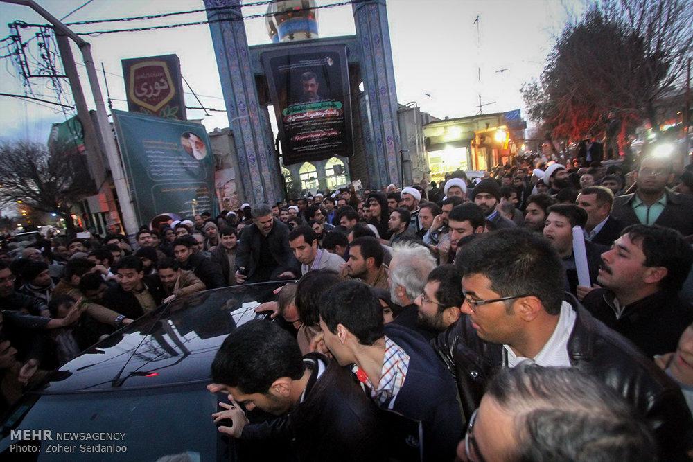1601382 حضور پرشور مردم در مجلس ترحیم والده محمود احمدینژاد + تصاویر