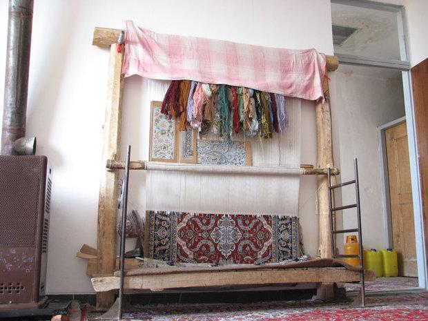 قالی بافی در شاهرود