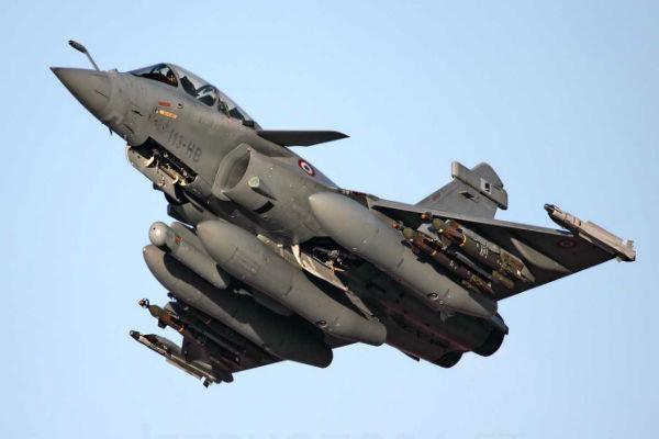 هند جنگندههای رافائل را تحویل گرفت