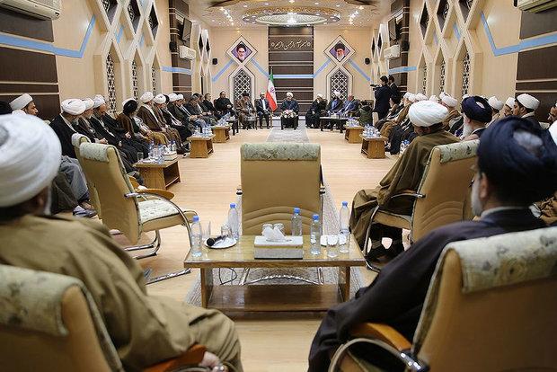 President Rouhani visits Qom