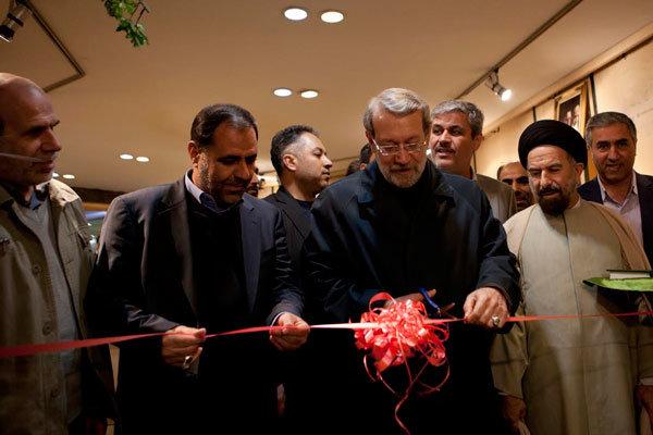 بازدید رییس مجلس از نمایشگاه چشم سوم