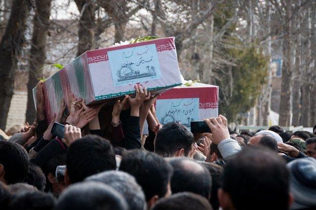 پیکر هفت شهید گمنام دفاع مقدس در قم تشییع میشود