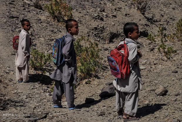 سرگردانی در کوه و بیابان برای اینترنت/تبلت و گوشی هوشمند نداریم