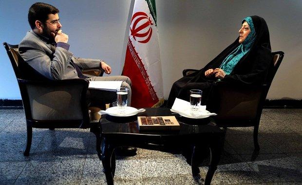 دیدگاه امام با نگاه دانشجویان تسخیر کننده سفارت آمریکا تفاوت داشت