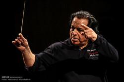 «سونتهای شکسپیر» با کرونا احیا شدند/ تجربههای یک رهبر ارکستر