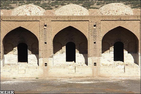 مناطق نمونه گردشگری ساماندهی میشوند/ واگذاری آثار تاریخی