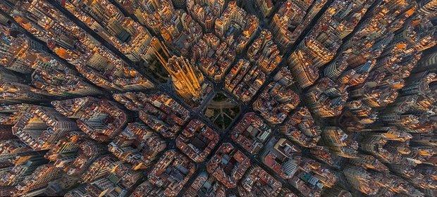 کلیسای جامع بارسلونا.jpg