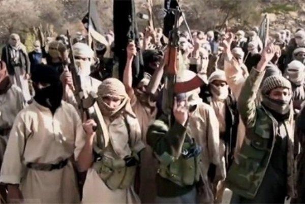وكالة امريكية : السعودية والامارات عقدتا صفقة مع القاعدة في اليمن