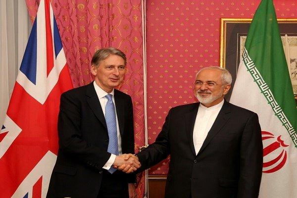 Philip Hammond Pazar günü Tahran'da olacak