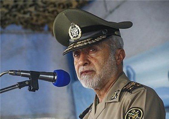 امیر سرلشگر صالحی، فرمانده کل ارتش
