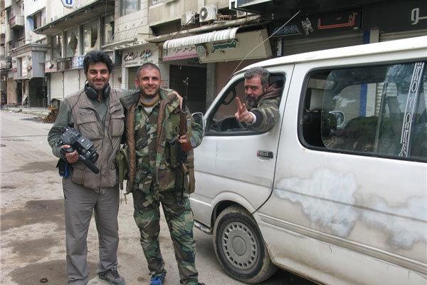 روایت مستندسازی زیر تیرباران داعش/ با ۱۵ ترکش دربدنم فیلم گرفتم
