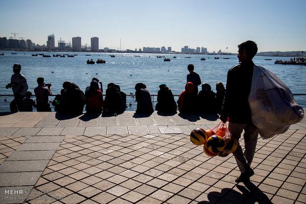 روز طبیعت در دریاچه شهدای خلیج فارس
