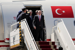 Turkish President Erdoğan arrives in Tehran to attend Syria summit