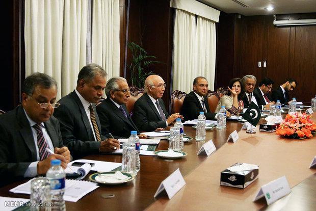 سفر وزیر امور خارجه به پاکستان
