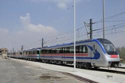 رام دوم واگنهای قطار شهری وارد اصفهان شد