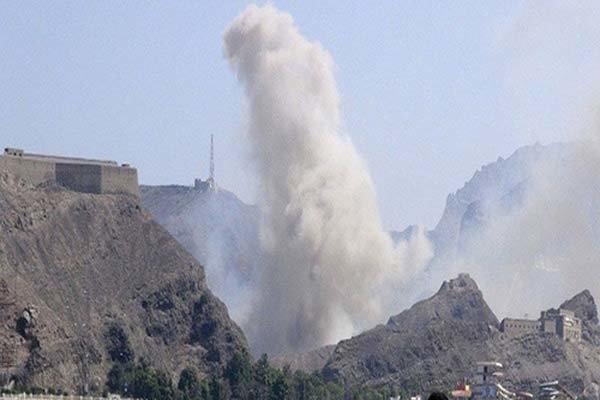فیلم/ ادامه تجاوز سعودیها به یمن و درگیری در مرزهای این کشور