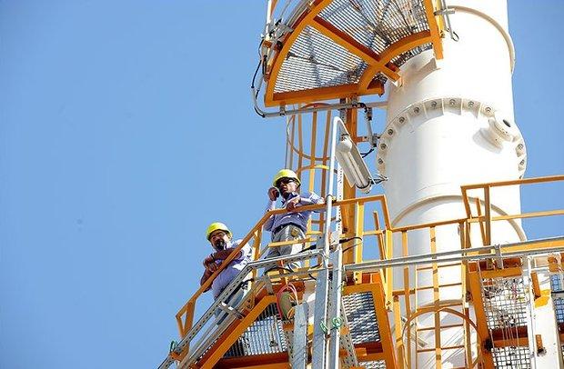 İran ve Türkiye heyetleri Paris'te doğalgazı görüştü