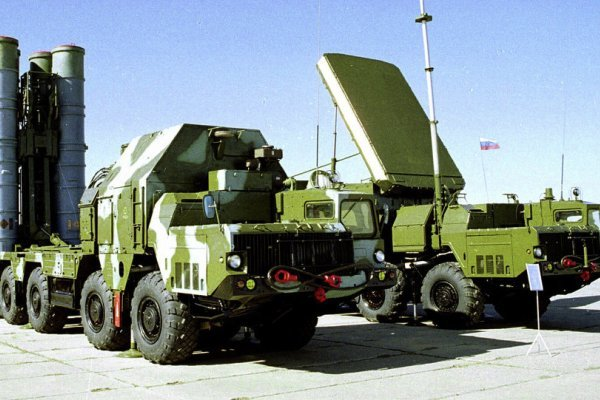 """الخارجية الروسية تؤكد تزويد ايران بمنظومات """"إس-300"""" العام الحالي"""