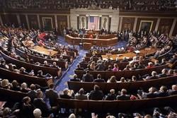 الشيوخ الامريكي  يصوت على مشروع قانون يمنع بيع الاسلحة للسعودية