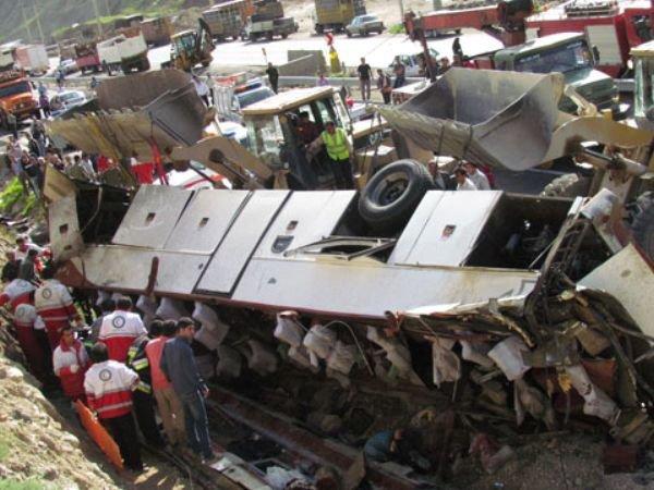 واژگونی اتوبوس