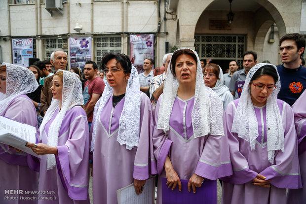 راهپیمایی ارامنه به مناسبت یکصدمین سالگرد نسلکشی ارمنیها